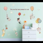 Väggdekor - Små djur med ballonger